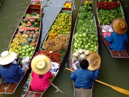 Photo pour Floating Market in Bangkok 4 - image libre de droit
