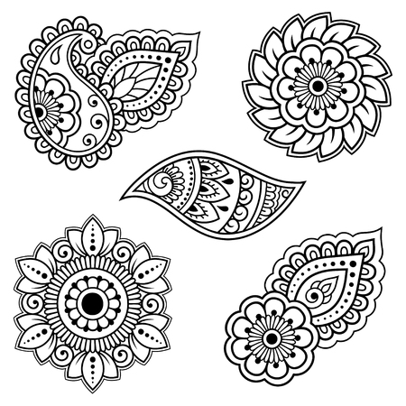 Illustration pour Set of Mehndi flower pattern for Henna drawing and tattoo. Decoration in ethnic oriental, Indian style. - image libre de droit