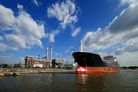 large tanker ship oil transport, A ship in refinery port