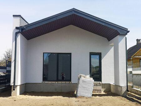 Photo pour construction of a separate building in a private house, under the bath. - image libre de droit