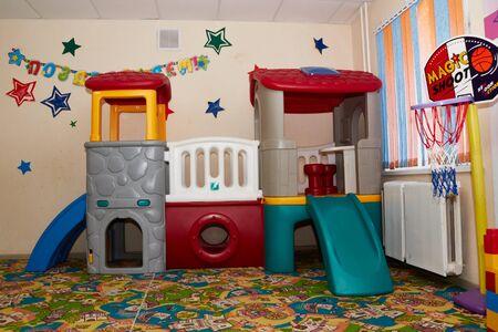 Photo pour Kirov, Russia - February 17, 2017: Interior of the children's entertainment club. Kindergarten room - image libre de droit