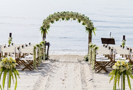 Foto de Wedding on the beach . - Imagen libre de derechos