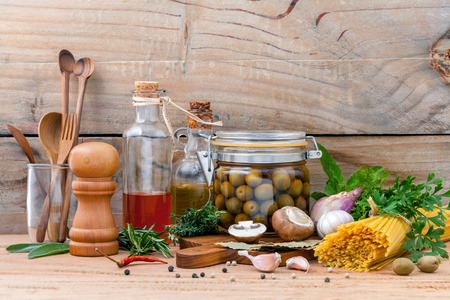 Foto de Italian food concept pasta with vegetables olive oil flavored and sesame oil - Imagen libre de derechos