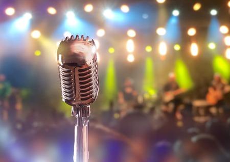 Photo pour Retro microphone against colourful background - image libre de droit