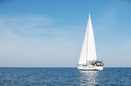 Photo pour Sailboat sailing sail, Mediterranean sea - image libre de droit