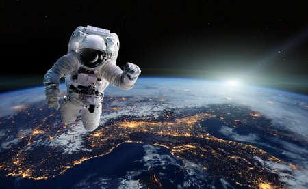 Foto de Concept of conquering the universe by the human race. - Imagen libre de derechos