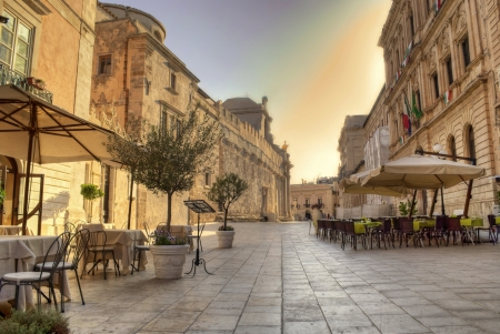 main street in siracusa downtown