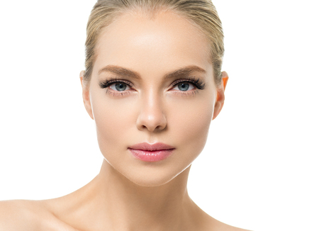 Foto de Beautiful woman with healthy skin natural makeup blonde hair beauty face with beauty lashes and pink lips. Studio shot. - Imagen libre de derechos
