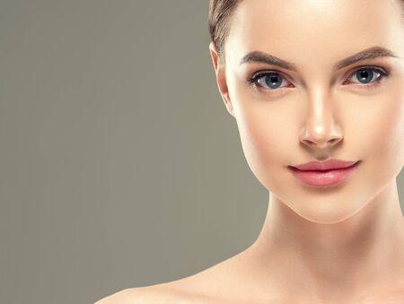 Photo pour Eye mask patch cosmetic female woman face healthy skin. Studio shot. - image libre de droit