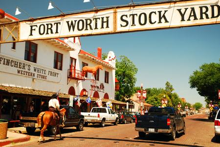 Foto für Mounted Police at the Ft Worth Stockyards Texas - Lizenzfreies Bild