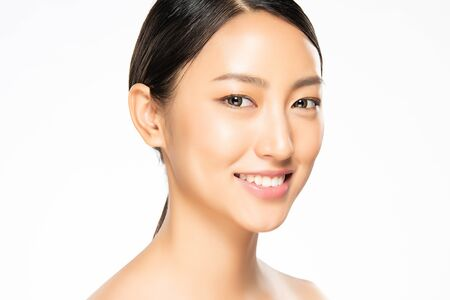 Photo pour Portrait beautiful young asian woman clean fresh bare skin concept. Asian girl beauty face skincare and health wellness, Facial treatment, Perfect skin, Natural make up, on white background. - image libre de droit