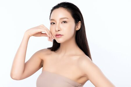 Photo pour Portrait beautiful young asian woman clean fresh bare skin concept. Asian girl beauty face skincare and health wellness, Facial treatment, Perfect skin, Natural makeup, on white background. - image libre de droit