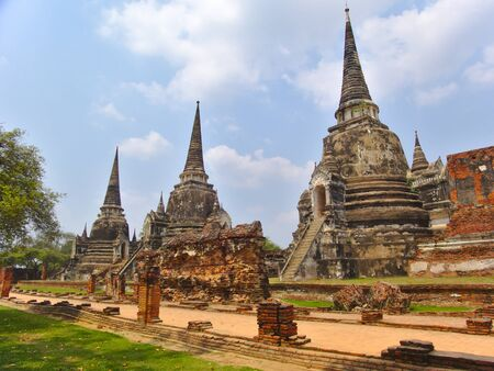 Photo pour Wat Phra Sri Sanphet Temple The sacred temple is the most sacred temple of the Grand Palace in the old capital of Thailand, Ayutthaya. - image libre de droit