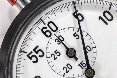 Photo pour Macro close up detail of vintage stop watch. - image libre de droit