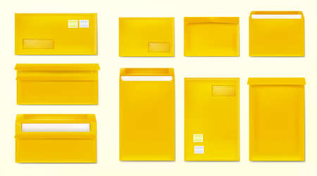 Illustration pour Yellow envelopes with stamps. Blank closed and open paper covers, vertical and horizontal letter packages mock up for mail, letters, sending documents and messages, Realistic 3d vector template set - image libre de droit