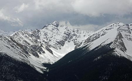 Photo pour Sundance Peak, Banff NP, Canada - image libre de droit