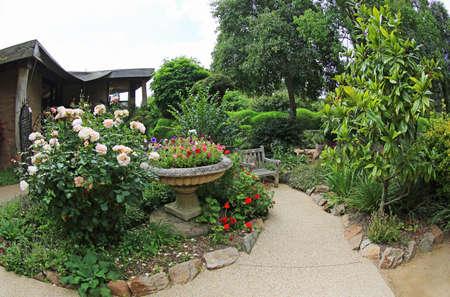 Photo pour Flower entrance to The Ashcombe Maze and Lavender Gardens, Victoria, Australia - image libre de droit