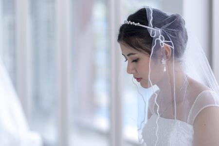 Foto de Asian woman, beautiful bride - Imagen libre de derechos