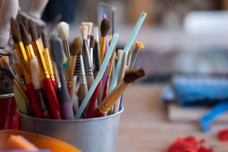 Photo pour Paint brushes close up. Tools for art lesson at school. - image libre de droit