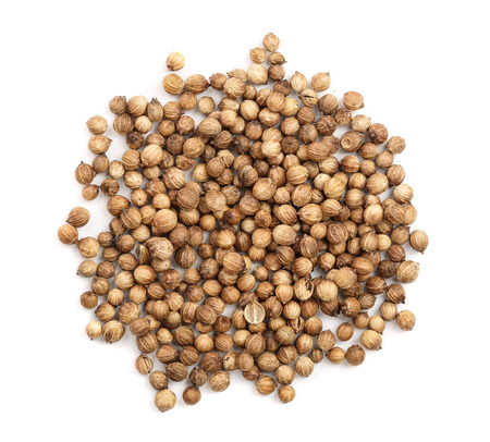Photo pour Coriander seeds isolated on white background top view. - image libre de droit