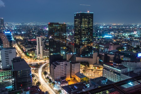 Photo pour Panoramic view of Mexico city downtown skyscrappers at sunset time before night. - image libre de droit