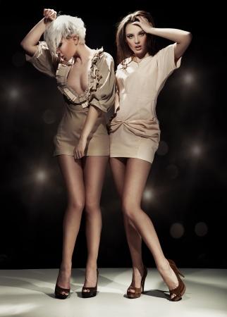 Foto de Two sexy woman - Imagen libre de derechos