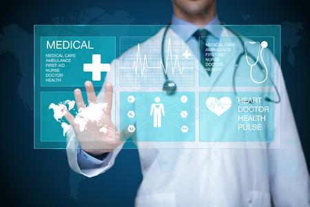 Photo pour Doctor working on a virtual screen. medical technology concept - image libre de droit