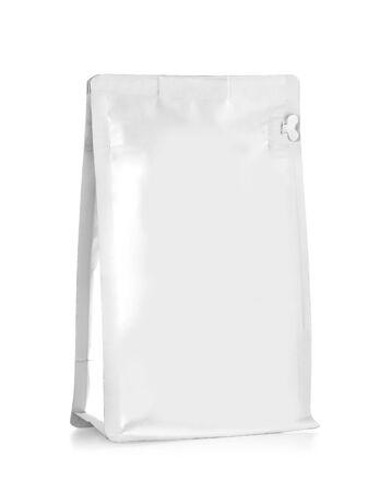 Photo pour White Blank Foil Food Snack Sachet Bag Packaging - image libre de droit