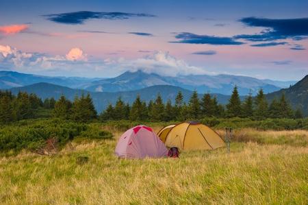 Photo pour Landscape in the mountains camping. Ukraine, the Carpathian mountains - image libre de droit