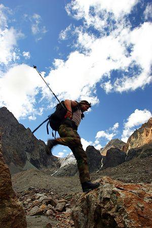 jumping alpinist