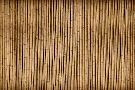 Photo pour brown bamboo fence texture background - image libre de droit