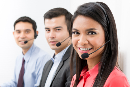 Photo pour Call center (telemarketing or customer service) team - image libre de droit