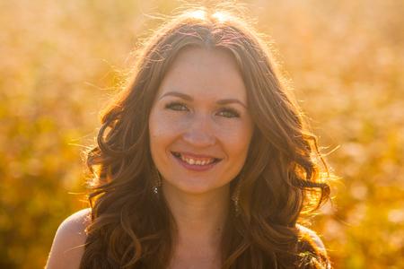 Foto de GIRL smiling PORTRAIT. sunny day summer - Imagen libre de derechos