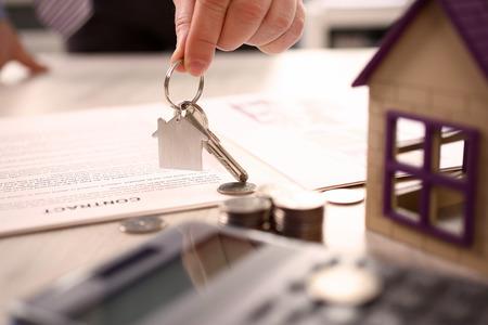 Photo pour Home Real Estate Property Handover Sale Concept - image libre de droit