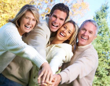 Foto de Happy family in the park. - Imagen libre de derechos