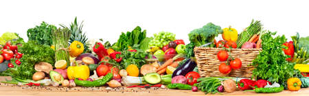 Foto de Organic vegetables and fruits - Imagen libre de derechos