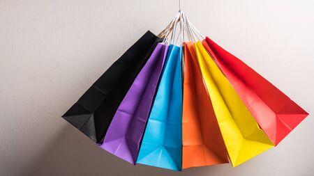 Photo pour group of colourful shopping bag - image libre de droit