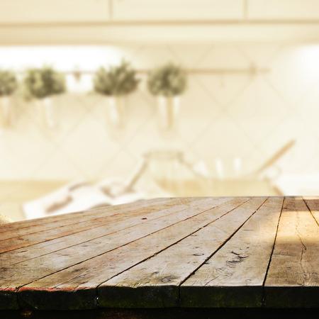 Photo pour empty table for product display montages - image libre de droit