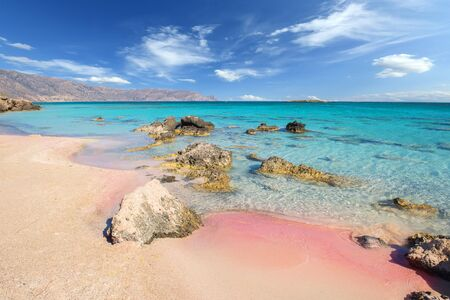 Photo pour Famous Elafonisi beach on Greece island Crete - image libre de droit