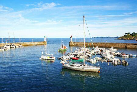 Photo pour Small marina of Belle Ile en Mer in Brittany, France - image libre de droit