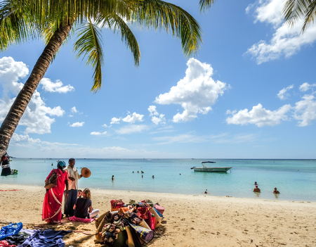 Photo pour Mauritius - Jan 4, 2017. Seascape of Trou-aux-Biches on Mauritius Island at sunny day. Mauritius is an island nation, and one of famous destinations. - image libre de droit