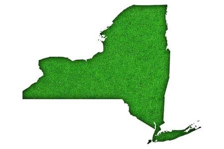 Photo pour Map of New York on green felt - image libre de droit