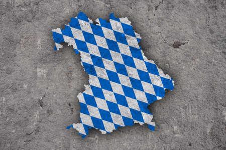 Foto de Map and flag of Bavaria on weathered concrete - Imagen libre de derechos