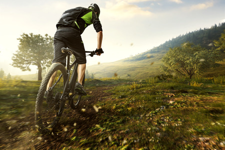 Foto de Mountainbike in the Mountains - Imagen libre de derechos