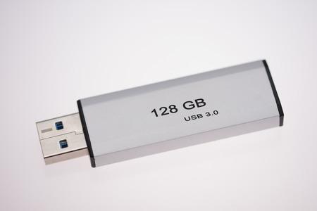 Photo pour USB stick, retractable ,USB flash drive 3.0 , 128 GB - image libre de droit