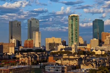 Foto für Cityscape of Fort Worth Texas in early evening light - Lizenzfreies Bild