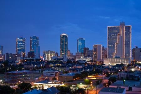 Foto für Skyline of Fort Worth Texas at night - Lizenzfreies Bild