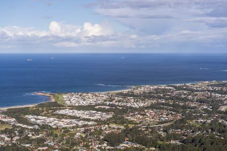 Photo pour Top view of Wollongong south of Sydney - image libre de droit