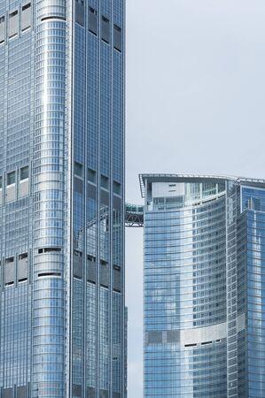 Foto de Exterior of modern architecture. Building abstract background - Imagen libre de derechos