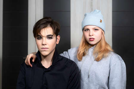 Photo pour teenage boy and girl in gothic look - image libre de droit